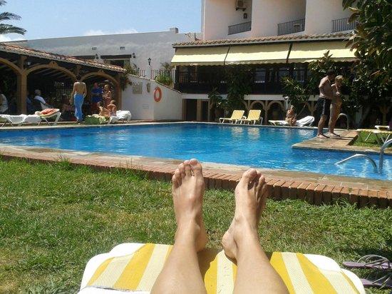 Hosteria del Mar: Tumbado en la piscina