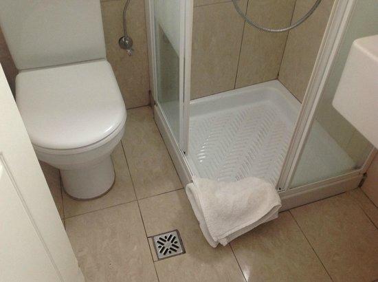 Orizontes Hotel & Villas : Μπάνιο