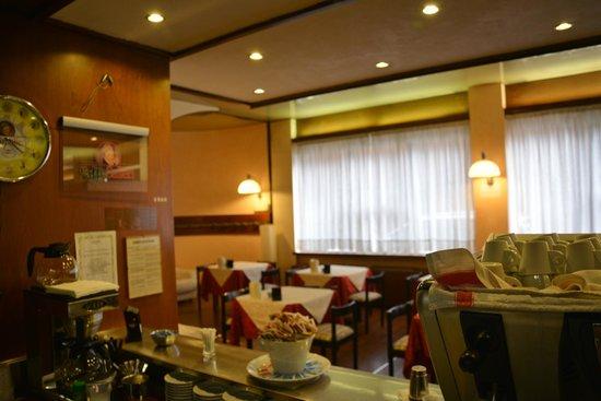 Hotel Salieri: Bar