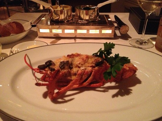 Tables Grill at Grand Hyatt Erawan Hotel: lobster