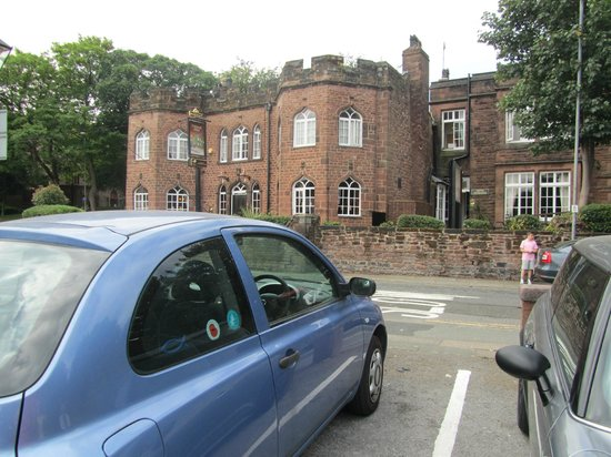 Childwall Abbey Hotel: this is the view from the car park