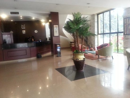Galaxy Hotel: Foyer