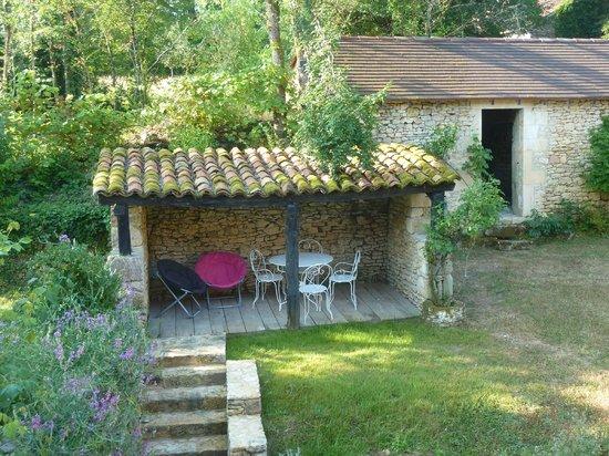 Domaine du Castanet : lauschiger Garten