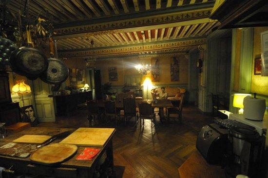 Chateau de Burnand : Kitchen