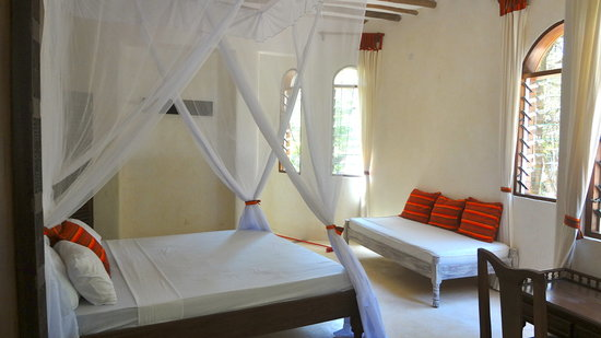 Galu Sea Lodge -Tamani: Monkey BeachHouse_bedroom 2nd floor