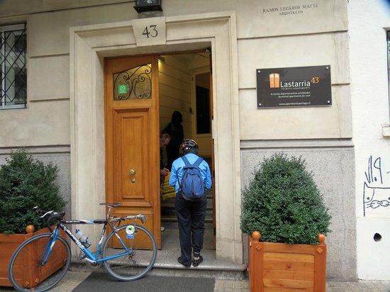 Lastarria 43/61: Lastarria 43 entrance