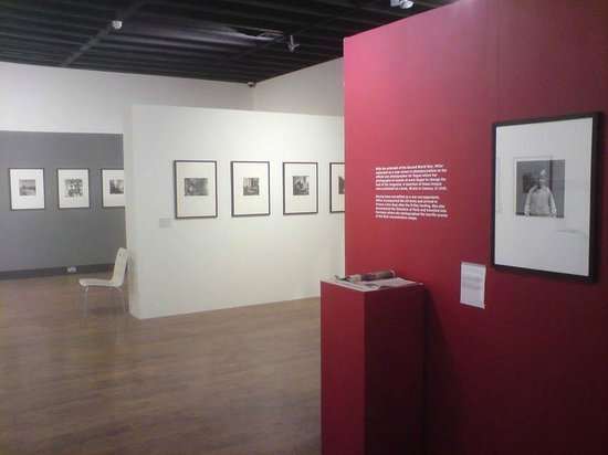 Paddock Wood, UK: Past Exhibition at Mascalls Gallery