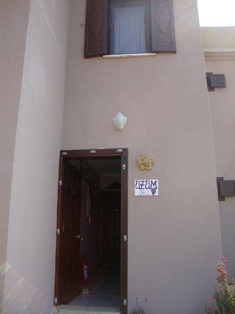 Uzum Hotel : üzüm otel