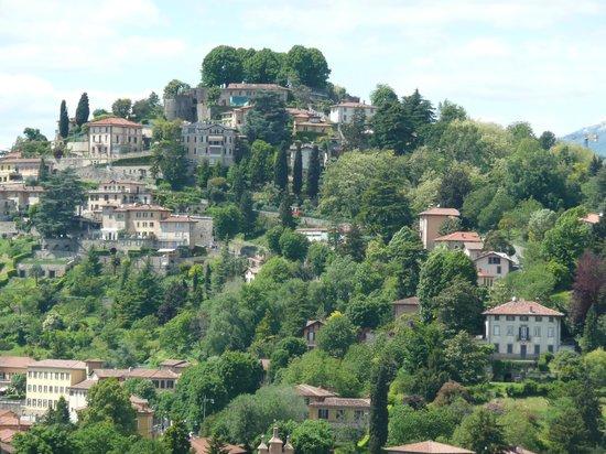 La Città Alta: View over to San Vigilio