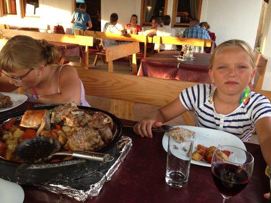 Terra Istriana: Jagnięcina na zamówienie....... mniam, mniem - palce lizać. Czegoś takiego jeszcze nie jedliśmy