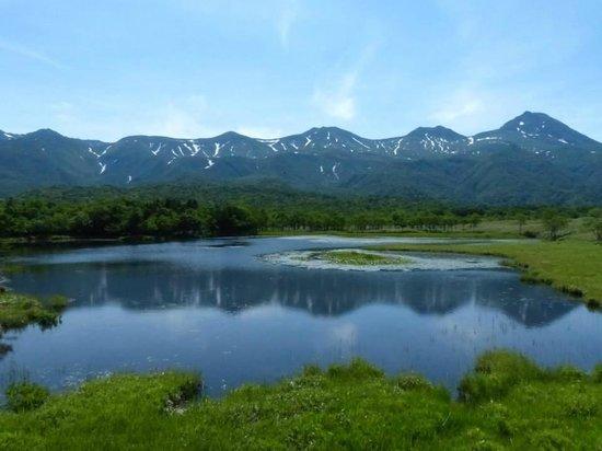 Shiretoko Nature Center: beautiful lake in summer
