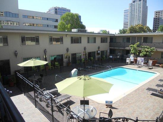 BEST WESTERN PLUS Sutter House : Pool area