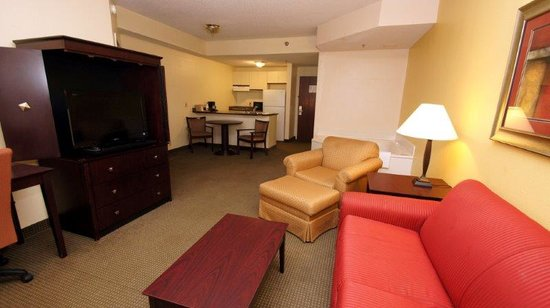Comfort Inn & Suites: Executive Suite