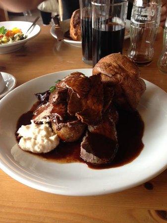 Great Walsingham Barns Cafe: Roast Beef