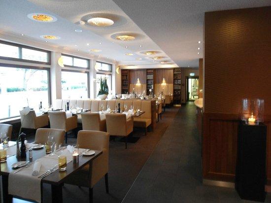 Fleming's Hotel Frankfurt Main-Riverside: вкусные завтраки