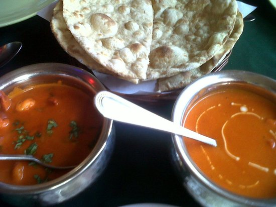 Rasoi Restaurant : Butter chicken curry and prawn curry