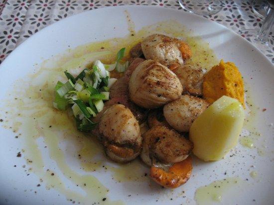 Au P'tit Bonheur : foie gras au saint jacques