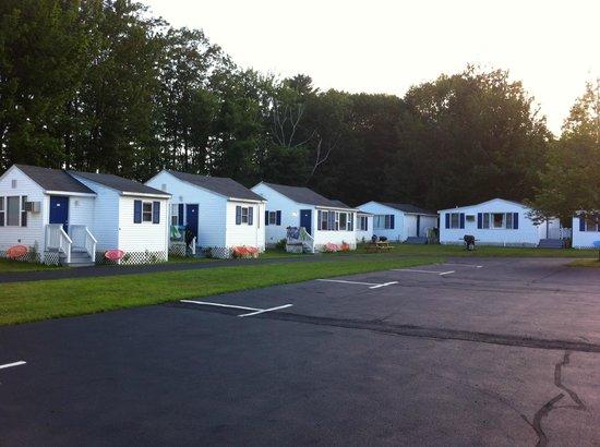 Americas Best Value Inn & Cottages: Cabins