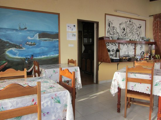 Coracao Ponta do Sol - Pensao: Salle du petit déjeuner