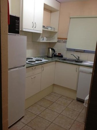 Bay View Villas : Kitchen-2 bedroom apartment!