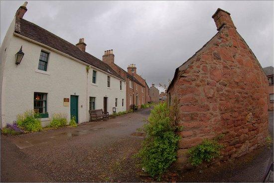JM Barrie's Birthplace: Barrie's Birthplace ©BPS2013