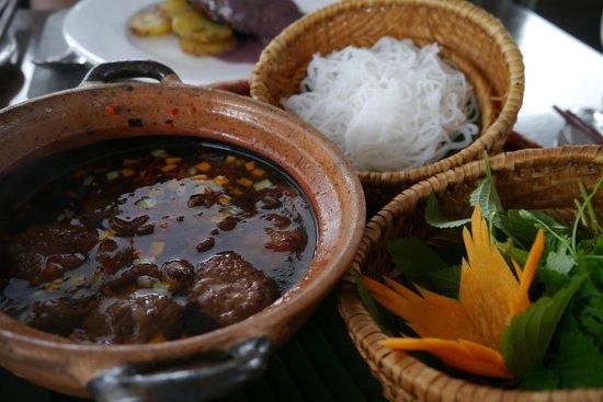 The Gourmet Corner Restaurant: Bun Cho