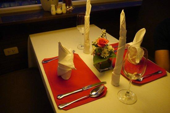 The Gourmet Corner Restaurant: Dinner