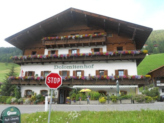 Gasthof Dolomitenhof: hotel esterno