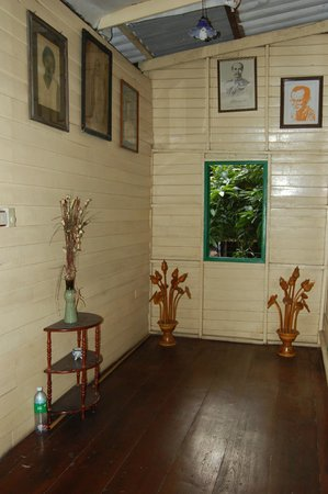 Bangkok House Guest House: Hall upstairs