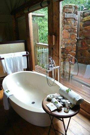 Botlierskop Private Game Reserve: bathroom