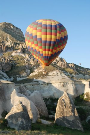 Cappadocia Tours By Yuki Travel/ Day Tours: Yuki can hook you up with a morning Balloon!