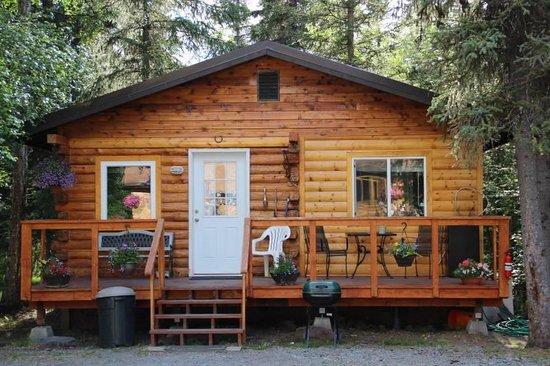 Riverhaven: Small cabin