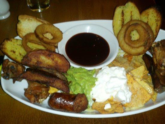 Foto do meu jantar no Earls Court Tavern, estive lá no dia 06/07/2013 Comi muito bem e com quali