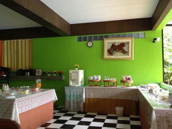 Supsangdao Resort : The breakfast bar