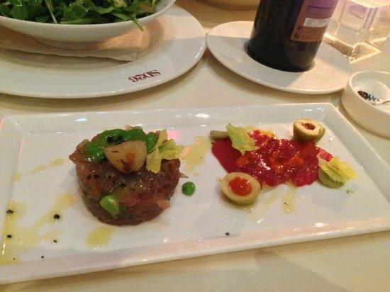 SD26 Restaurant & Wine Bar: tuna tartare