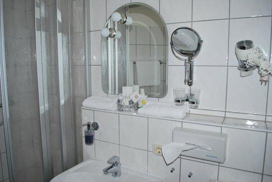 Hotel Thalfried: Badezimmer
