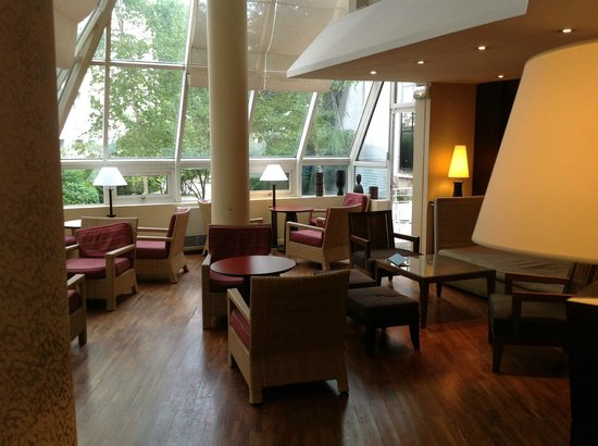 Holiday Inn Paris Montparnasse Pasteur: cafe