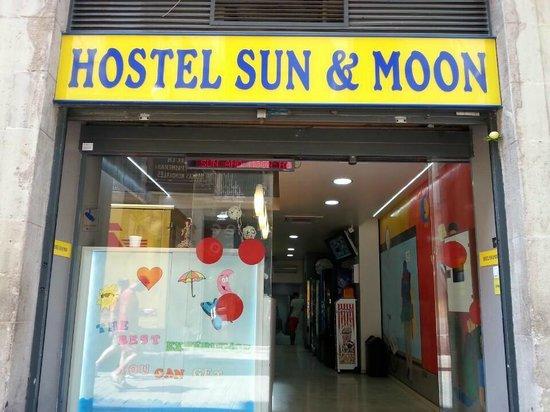 Photo of Hostel Sun & Moon Barcelona