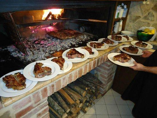 La Taverna di Julio: il mitico forno dove Julio cuoce la carne!