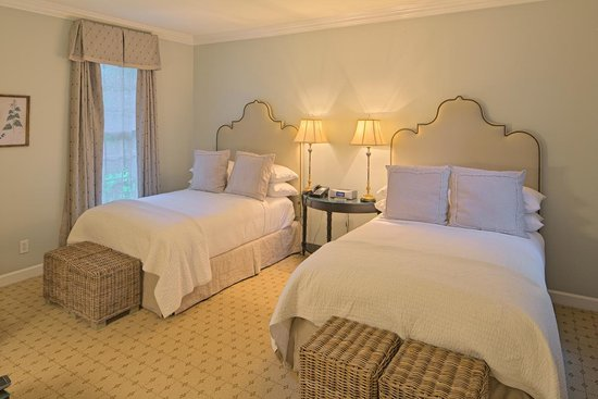 The Fearrington House Inn: Several rooms have twin beds
