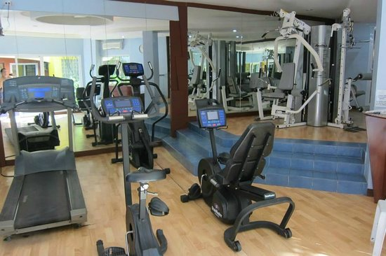 Crown Regency Residences Davao: small but functional gym