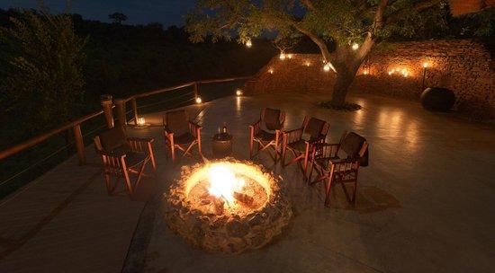 Royal Madikwe Luxury Safari Lodge: Pre-Dinnner Drinks