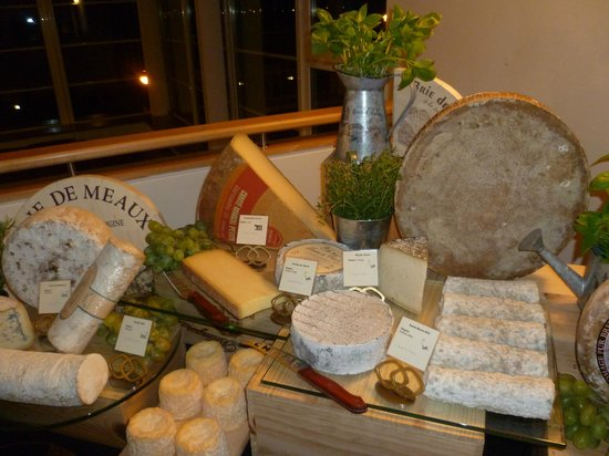 Cyrano Wine and Cheese: Several kinds of French cheeses