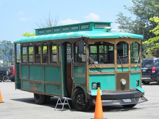Chemung Valley History Museum : Green tour trolley