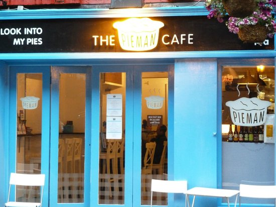 The Pieman Cafe: Look into their pies