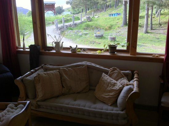 Slochd Mhor Lodge: living room