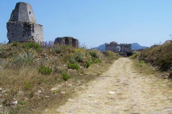 Methoni Castle: Grounds