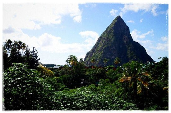 Boucan by Hotel Chocolat : View of the Petit Piton from our room