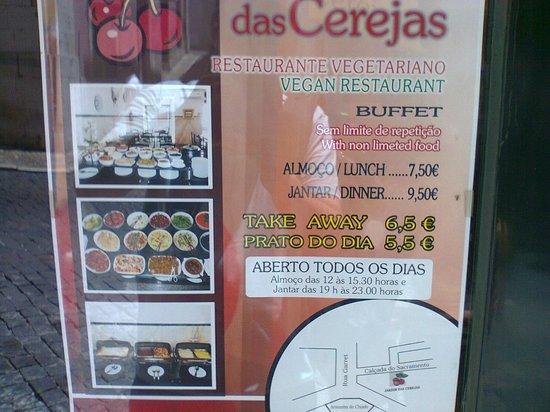 Jardim das Cerejas : Cartaz na entrada do estabelecimento