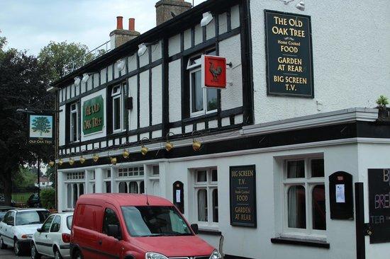 Old Oak Tree Inn: Fassade